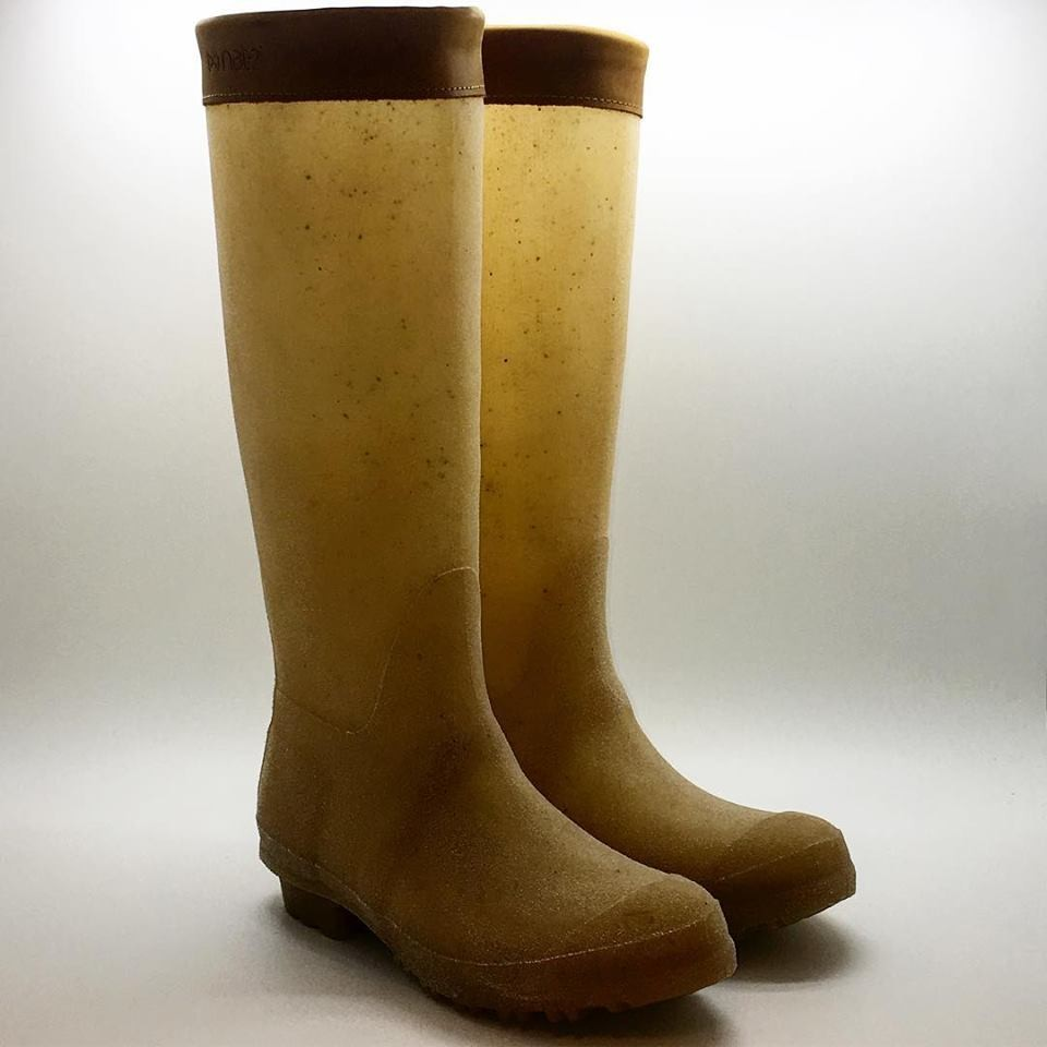 nat-2_rubber boots
